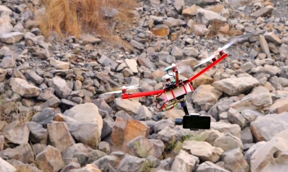 Make a Homemade Drone With Camera Gimbal By Hi Tech xyz.mp4_20210318_135923069